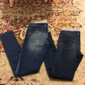 ✌️🍐 Justice 10 slim mid rise knit waist jegging.